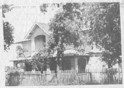 LT06 Forster_Hotel_in_Mendon_newspaper