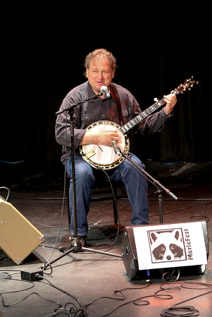 """Jens Kruger speaking at the Banjo and Harmony worksop at """"The Pit"""" at #Merlefest 2016"""