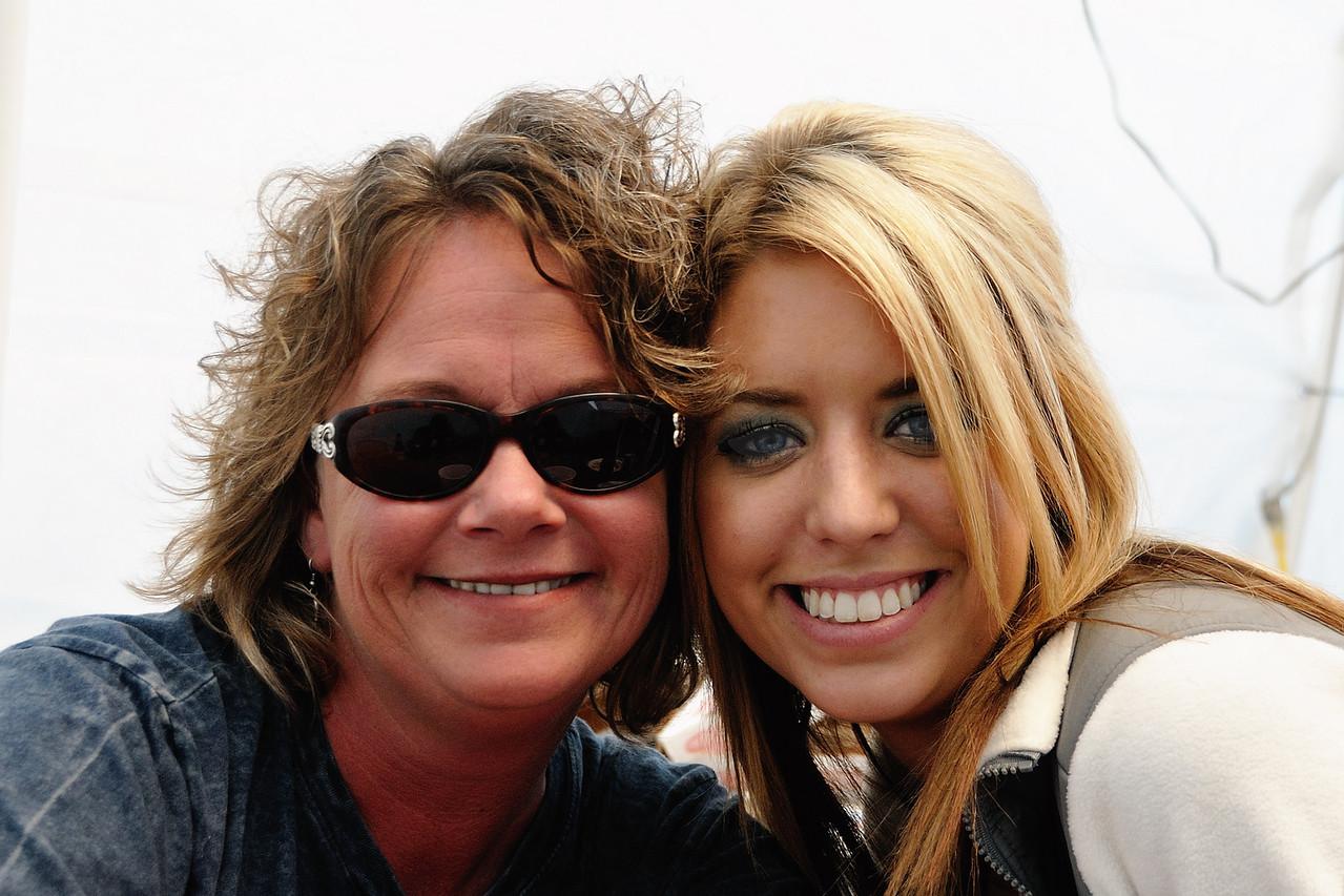 Amy Carol and Kylie Rae