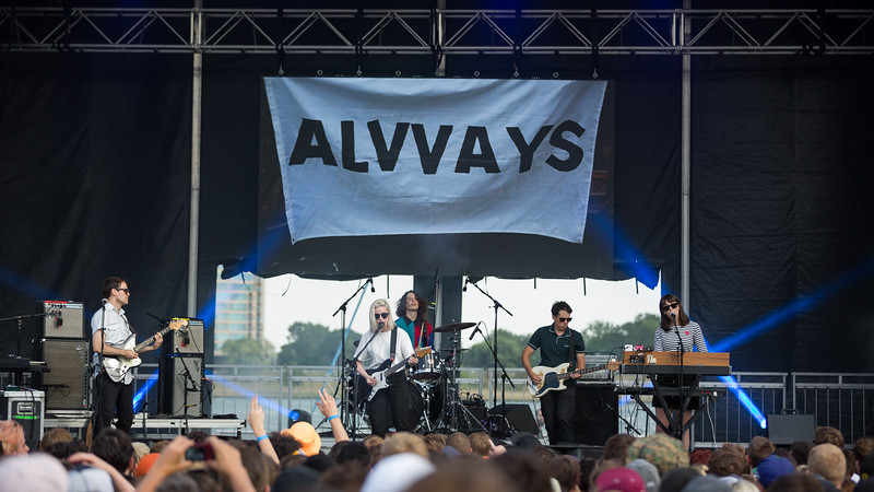 July 28, 2018 Alvvays on the River Stage at Mo POP Festival. Photo by Tony Vasquez for MAT Magazine.