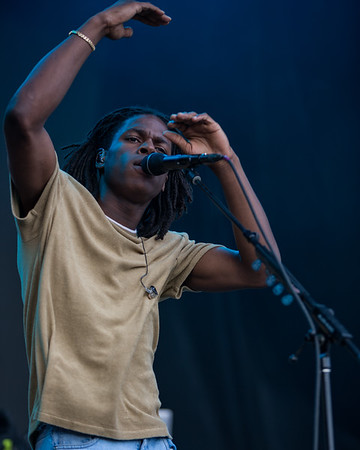 July 29, 2018 Daniel Caesar on the Grande Stage at Mo POP Festival. Photo by Tony Vasquez for MAT Mag.
