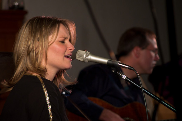 Mollie Weaver & Bob Sirois - Coming Home 2011-10-13