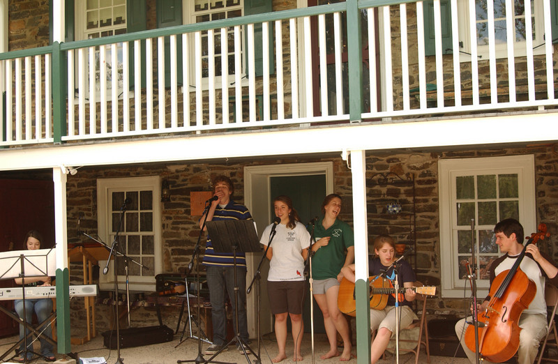 """Practice for the Ruth's Coffeehouse - """"Once"""" (June 2009- Maddie, Seth, Emma, Anna, Lydia, Justin)"""