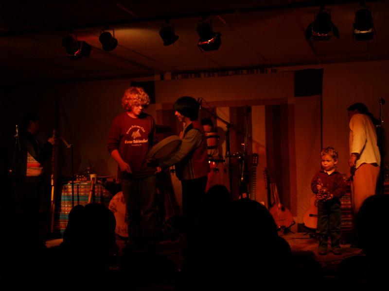 Seth onstage with Andesmanta; Perkasie Patchwork Coffeehouse