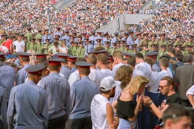 Le Stade Lénine (Loujniki) - Moscou - Public et militaires