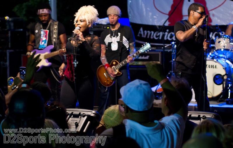 Mother's Finest Concert<br /> Live at the RibFest<br /> Friday, June 10, 2011 at Dixie Classic Fairgrounds<br /> Winston-Salem, NC<br /> (file 220559_BV0H6560_1D4)