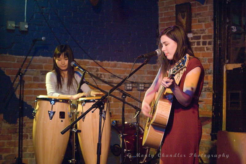 JoAnna Lynne & Chidori performing at The Evening Muse Feb 21st 2009