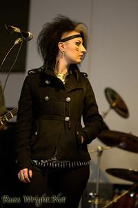 Sara Reid, Mephisto Walz