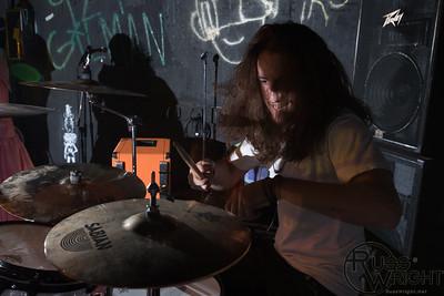 Melvin Makes Machineguns @ 924 Gilman, Berkeley, CA. April 2013