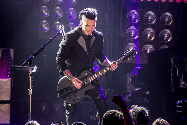 Sixx: A.M. at the I Heart Radio Theater