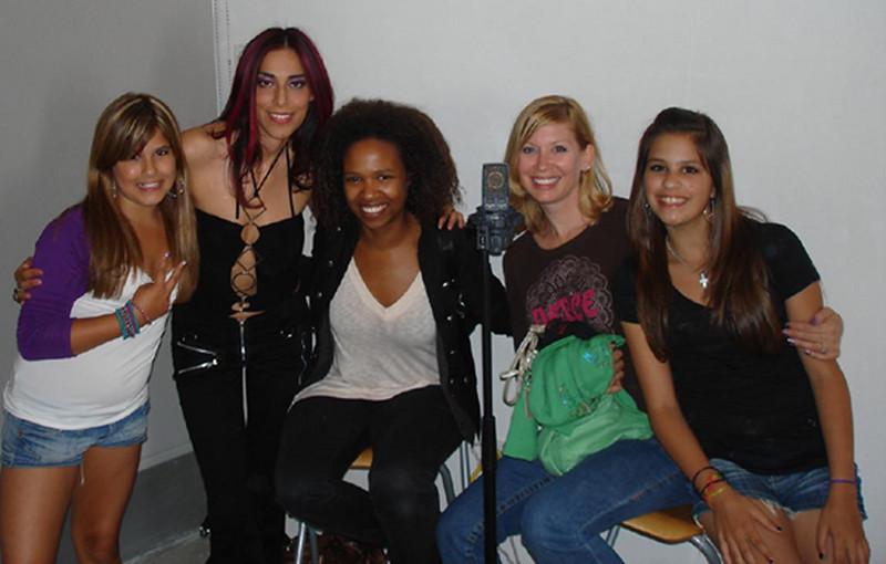 Vivi, Ana, Shola, Erika and Jessi
