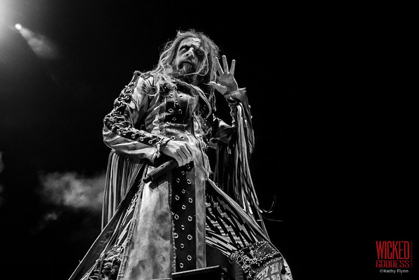 Rob Zombie on the Main Stage at Mayhem Festival 2013 - June 29, 2013
