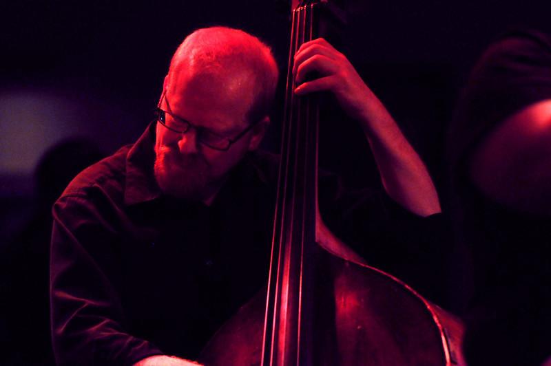 Lou Bocciarelli (upright bass)