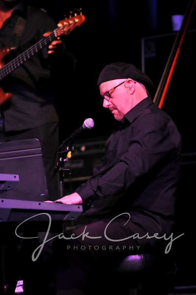 Thom Hall, keyboard