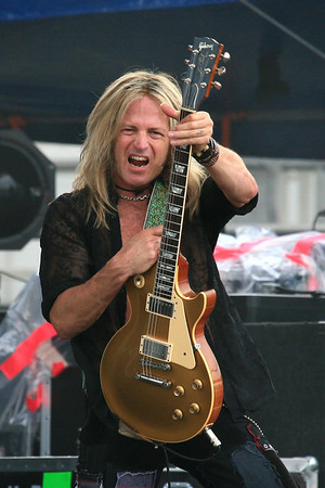 Doug Aldrich of Whitesnake