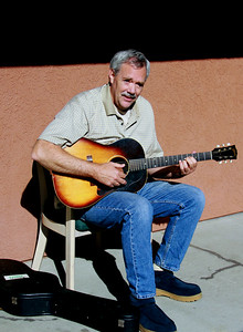 man with old gibson