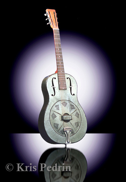 American Dobro, Side View