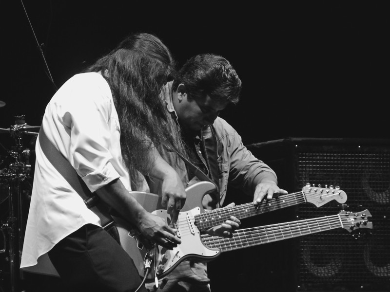 Los Lonely Boys - Milwaukee Wi. 2012