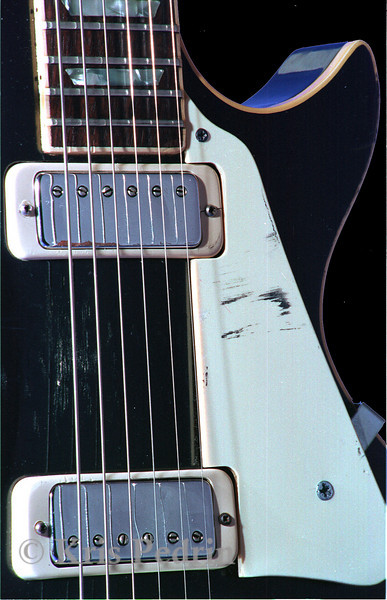 Black Les Paul, Detail
