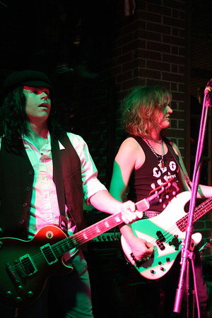 Guns 4 Roses May 7, 2010