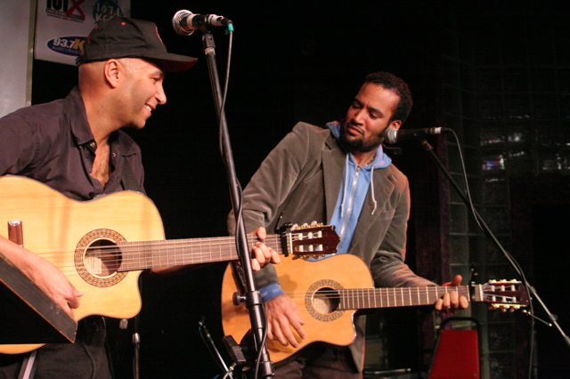 Tom Morello the Nightwatchman jams with Ben Harper at Esther's Follies at SXSW 2008 Austin TX