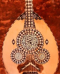 Guitar doves 0413 4569