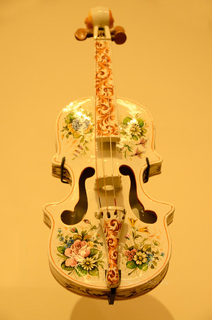 White flowered violin 4462