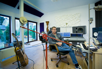 Mike Oldfield in the recording studio