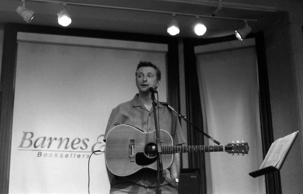 Billy Bragg (New York City, 2000)