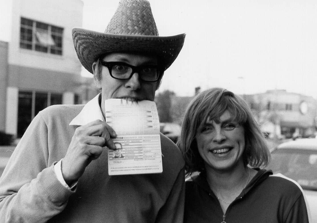 Peter Visser and Carol van Dyk of Bettie Serveert (Arlington, 2004)