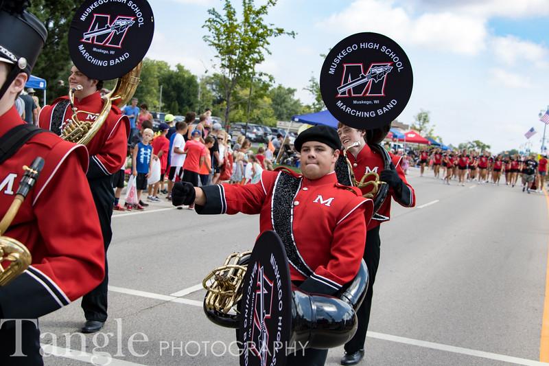 Parade-3604