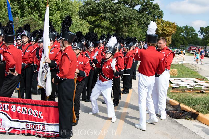 Parade-3552
