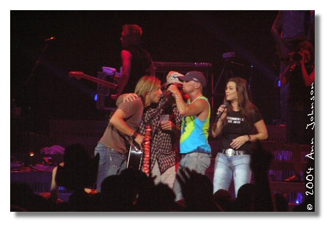 Keith, Uncle Kracker, Kenny, and Gretchen