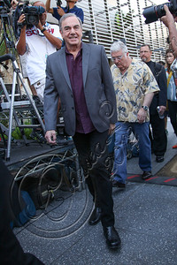 HOLLYWOOD, CA - AUGUST 10:  Singer Neil Diamond is honored with a star on the Hollywood Walk of Fame on August 10, 2012 in Hollywood, California.  (Photo by Chelsea Lauren/WireImage)