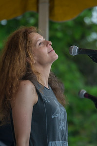 Econosmith com Neko Case HR-5951