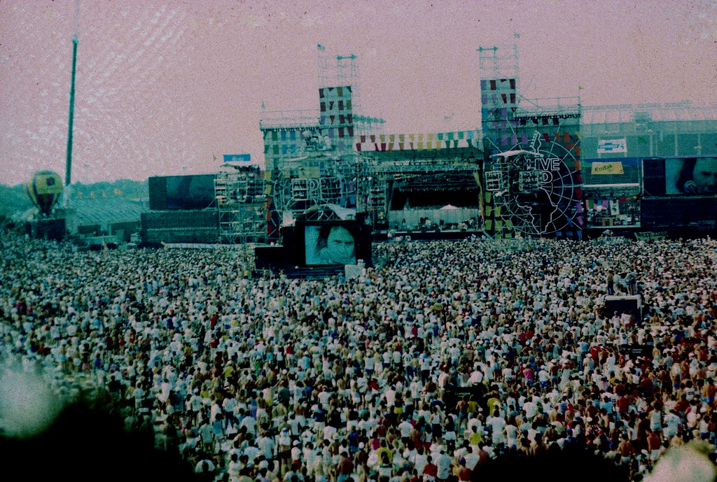 Neil Young<br /> Live Aid , Philadelphia