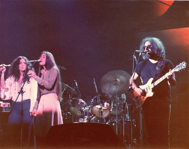 Jerry Garcia Band Maria Muldaur, Donna Godchaux, Jery Garcia Tower Theater, Philadelphia