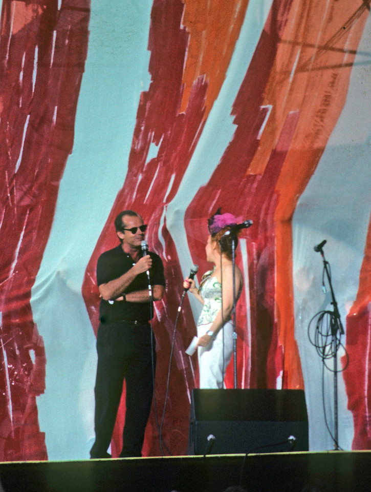 Jack Nicholson/Bette Midler<br /> Live Aid / Philadelphia