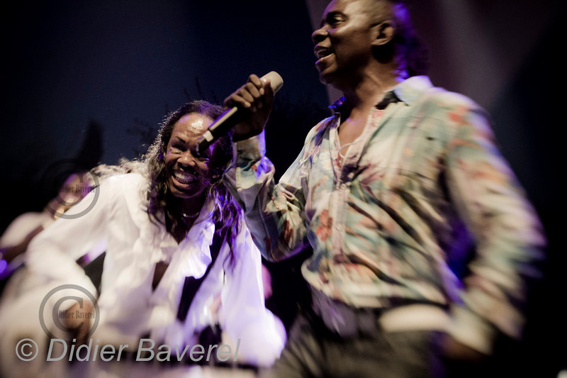 *legende* Festival de Jazz de Nice dans les Arenes de Cimiers. Earth, Wind and Fire