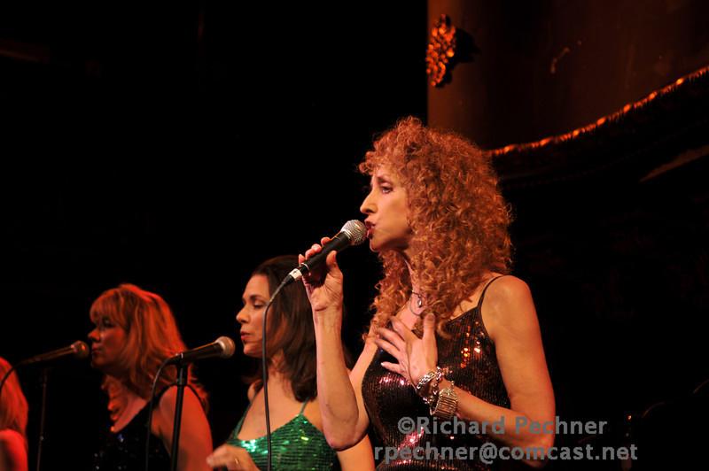 Annette Olesen on lead vocal