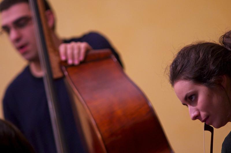Kaveh Daneshmand ( double bass, upright bass / contrabbasso)