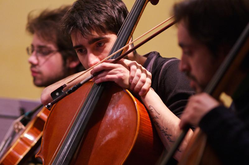 Giulio Cazzani ( cello / violoncello ), Claudio Pasceri ( cello / violoncello )