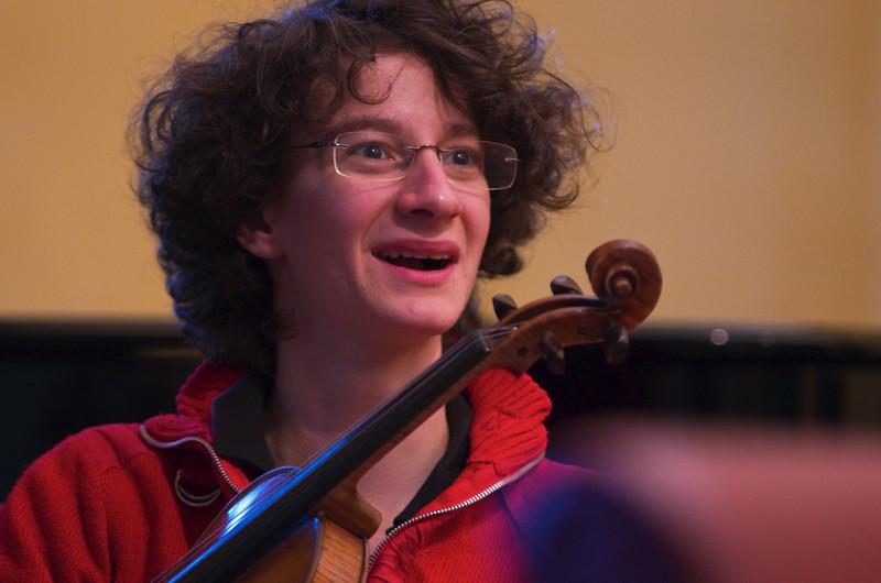 Roberta Bua ( violin / violino )
