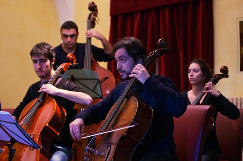 Giulio Cazzani ( cello / violoncello ), Kaveh Daneshmand ( double bass, upright bass / contrabbasso), Claudio Pasceri ( cello / violoncello )