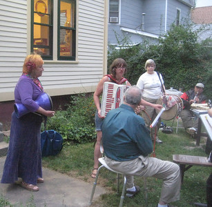 Sasha, Sonia (accordion), Karen (with my tupan), Ben (clarinet), and Turgay, foreground.
