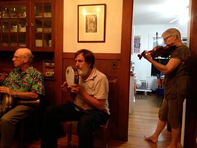 Jenny Kilgore on fiddle...