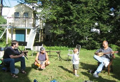 Ken (kaval), Jeanne and son Jacob (percussion), Prem (tambora).