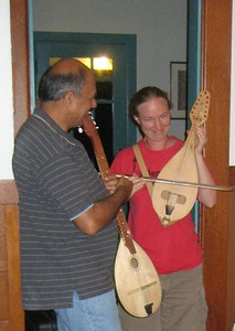 Flora demonstrated the new instrument (gadulka) she recently acquired in Bulgaria.