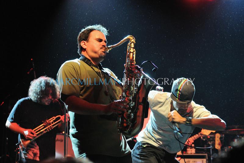 Party like it's Saturday Night<br /> <br /> Ozomatli @ Irving Plaza (Thur 2/3/11)