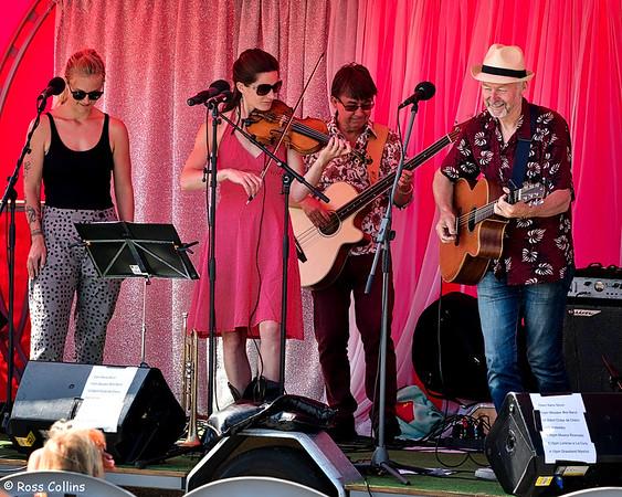 Wooden Box Band at Island Bay